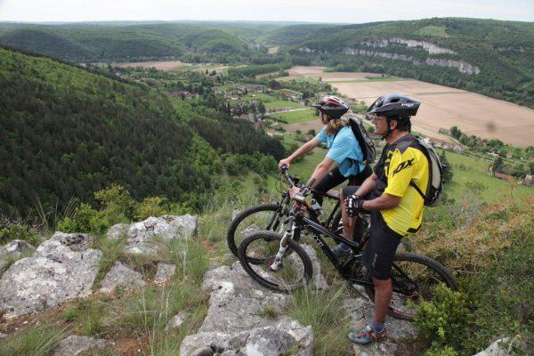 Panorama sur la vallée du Lot